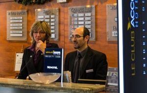 Основные правила: как, кому и сколько давать чаевых в отелях разных стран