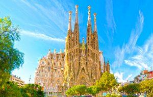 ФАС: турфирма предлагала туристам «бесплатные» поездки в Барселону