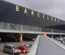 МИД РФ предупредил россиян об отмене рейсов в Барселоне