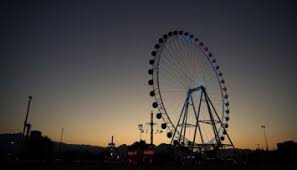Гигантское колесо обозрения, наконец, открылось для туристов в Анталье