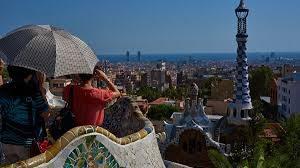 Каталония повысит турналог на проживание в отелях