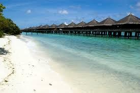 На Мальдивах туристку арестовали за нахождение в бикини на пляже