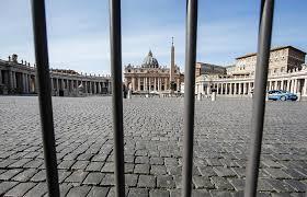 Ватикан закрыт для туристов из-за коронавируса