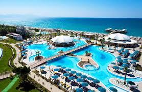 Названы страны и курорты, свободные от коронавируса. Турция и Тунис в списке