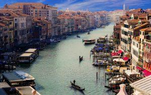 Есть ли смысл отменять купленную путевку в Италию?