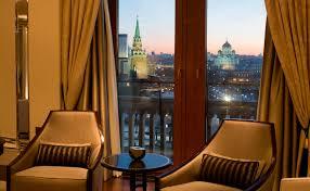 Российские отели из-за падения загрузки предлагают номера для самоизоляции