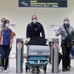 С чем столкнулись путешественники за границей из-за коронавируса