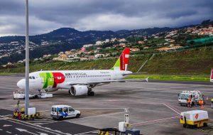 Португалия закрывает воздушные границы на пасхальные праздники с 9 по 13 апреля