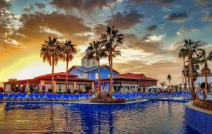 Туризм в Испании в шаге от катастрофы: курорты могут уже не открыться в 2020 году