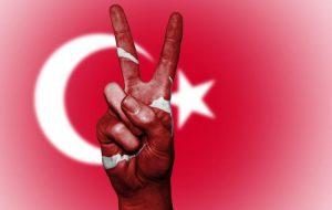 Турция по-новому: all inclusive изменится, трансфера из аэропорта придется ждать 5-6 часов