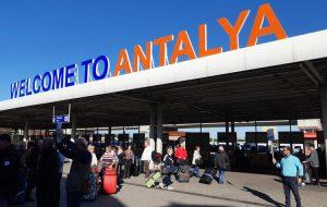 Турция открывает курорты для иностранцев с 10 июня. Россиянам сказали ждать