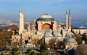 Суд Турции разрешил превращение собора Святой Софии в мечеть