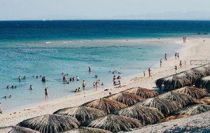 Египет ужесточил правила въезда иностранных туристов на курорты Красного моря