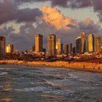 Израиль закрывается на повторную изоляцию, аэропорт Тель-Авива продолжает работать