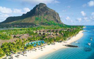 Остров Маврикий вновь открывается для туристов, но кто согласится начать отдых с карантина?