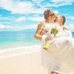Названы курорты, медовый месяц на которых чаще всего заканчивается разводом