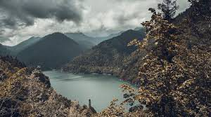 «Дешевле варианта не найти»: турист рассказал об отдыхе в Абхазии осенью