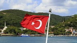Большинство россиян не хотели бы переехать в Турцию