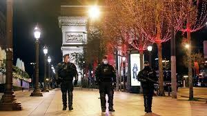 В Париже новый карантин и усиленный Коммендантский час