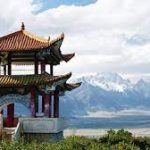 Внутренние поездки по Китаю на майские праздники превысили 230 миллионов, но турфирмам заработать не удалось