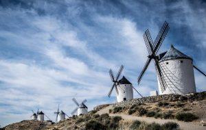 Испания готова принять иностранных туристов уже в июне
