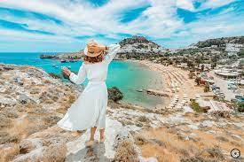 В Греции назвали документы, которые потребуются туристам для поездок на островные курорты