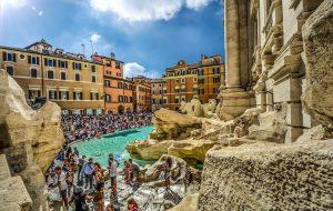 Италия и Франция первыми в Европе установили тотальный контроль над QR-кодами жителей и туристов